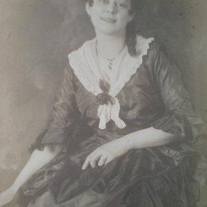 František Drtikol – secesní ženský portrét
