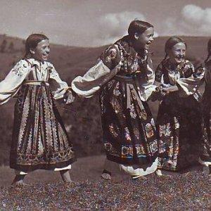 foto Karel Plicka – HRA NA SLEPOU BÁBU
