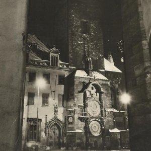 foto E. Einhorn – PRAHA – Staroměstský orloj v noci