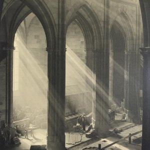 Josef Sudek – Svatý Vít – průhled do nové části chrámu