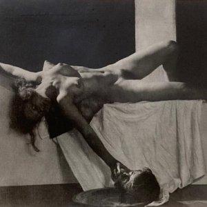 František Drtikol – akt Salome s hlavou Jana Křtitele